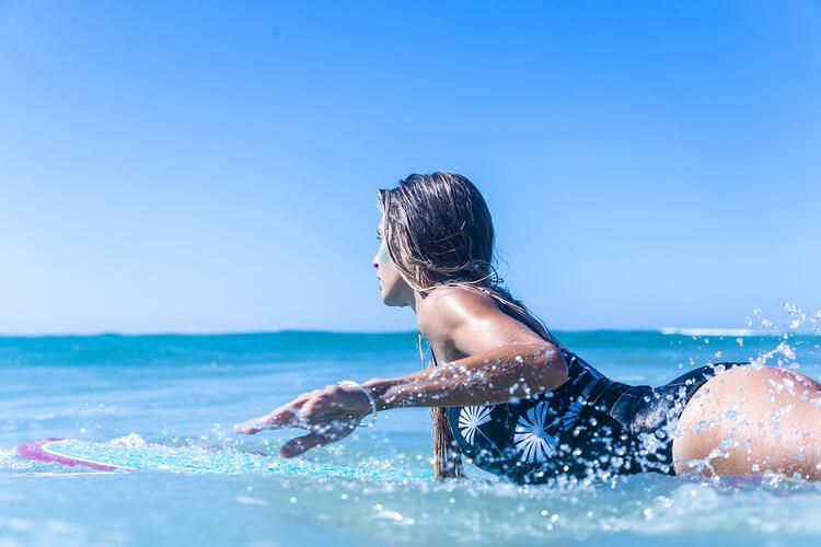 Naturalny krem z filtrem SPF30 do surfingu
